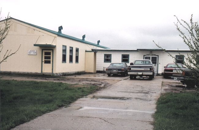 School (now a golf club clubhouse and crafts centre) - May 1999