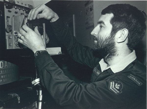 Terry Collins tuning the transmitter of the 107 - 1978