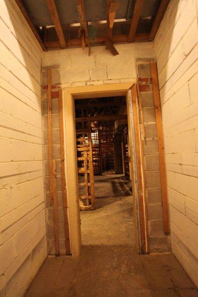 Vault image B